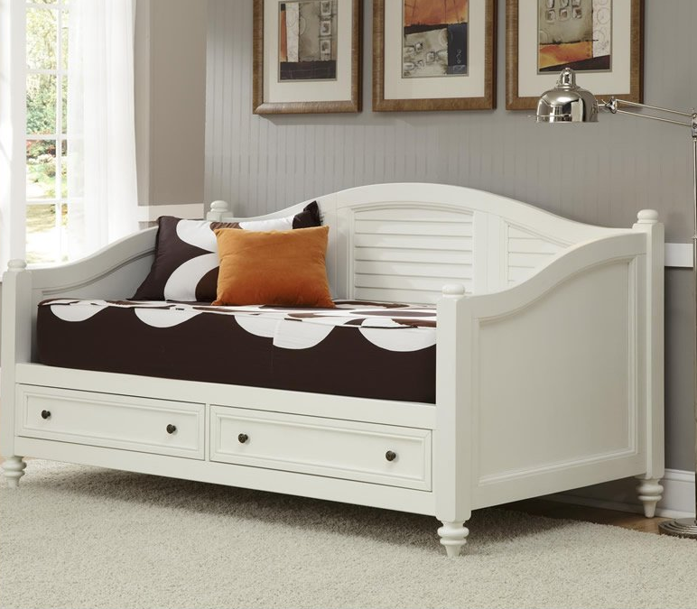 white daybeds with drawers 2