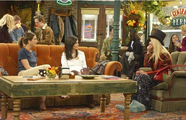Decorate A Room In F R I E N D S Style Central Perk