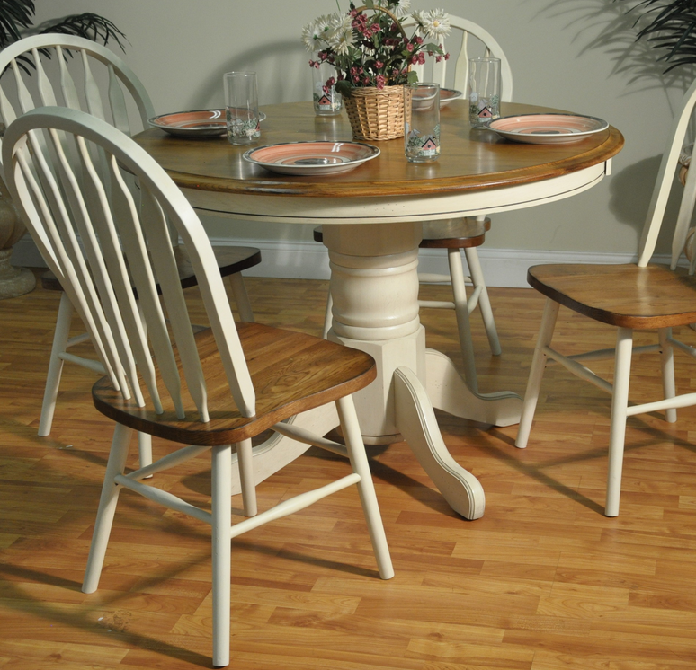 10 single pedestal round dining tables cute furniture for Cute dining table