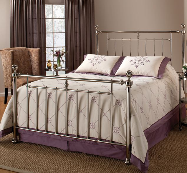 7 beautiful metal queen size beds cute furniture for Cheap cute furniture