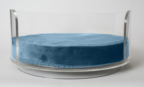 pet-lounge-studios-acrylic-curved-dog-bed
