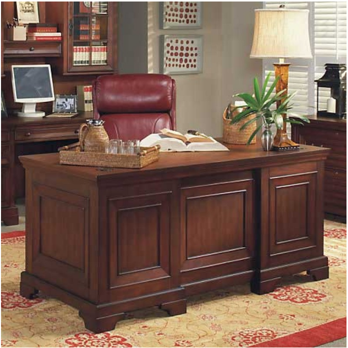 7 Elegant Executive Desks For A Traditional Office Cute