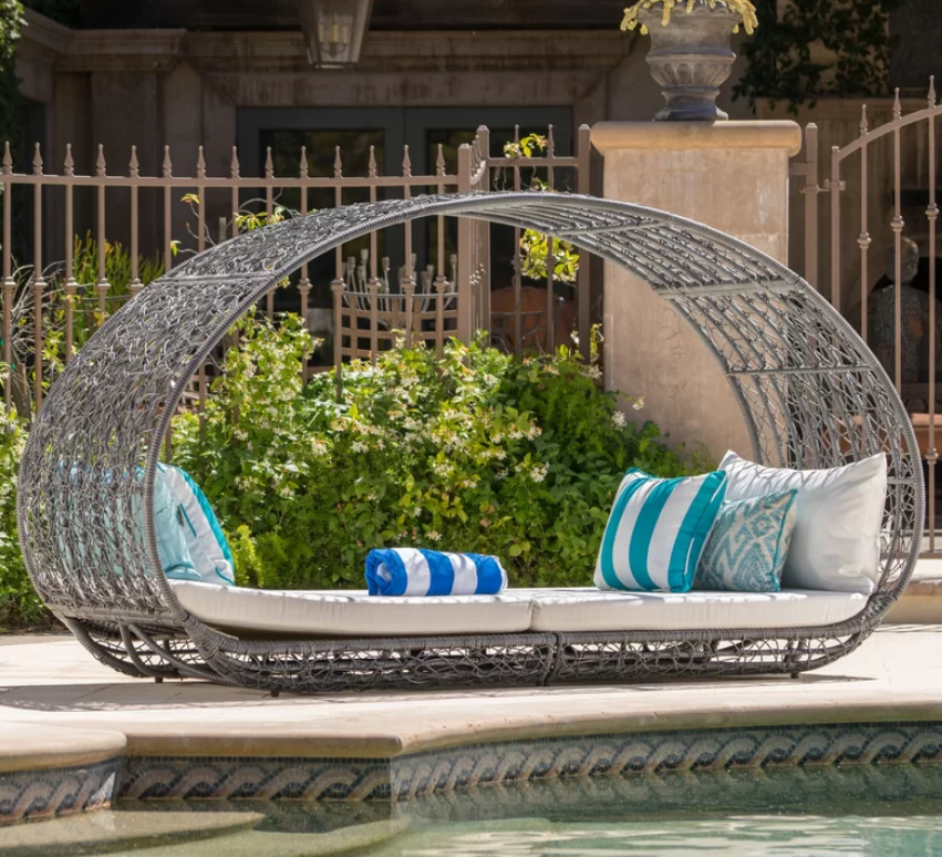 mistana-lavina-outdoor-wicker-daybed